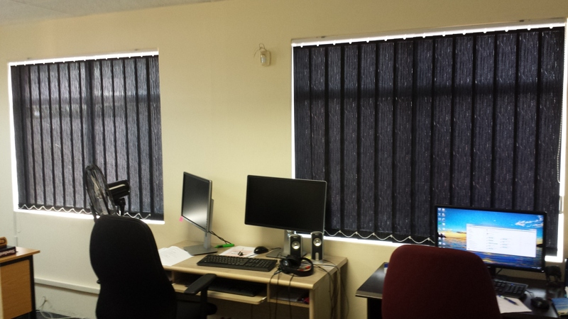 artmic blinds and curtains b12