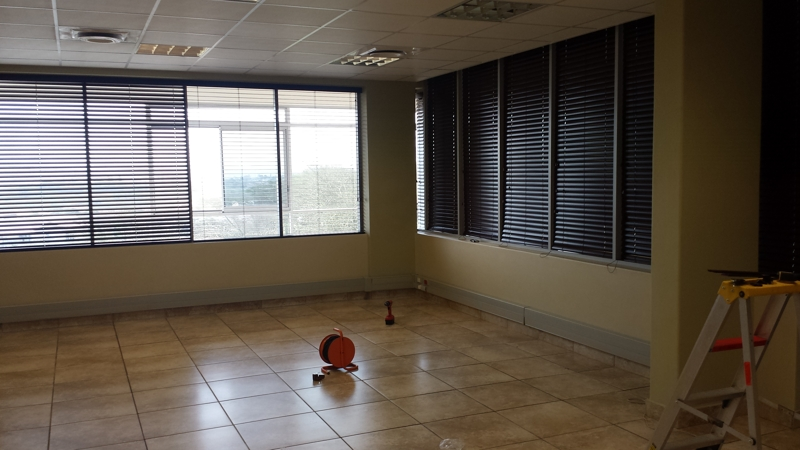 artmic blinds and curtains b18