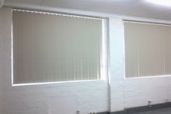 artmic blinds and curtains b16