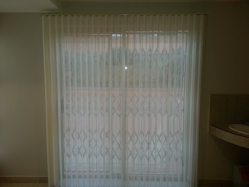 artmic blinds and curtains f2